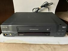 Toshiba M-472 VHS Player Recorder VCR Plus 4 Head Hi Speed Rewind