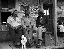1938 Porch Talk Jeanerette Louisiana Vintage/ Old Photo 8.5