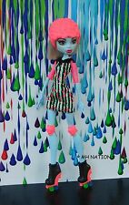 Monster High Ghoulia Yelps' ROLLER MAZE Outfit and Accessories