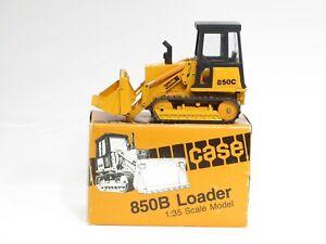Case 850C Track Loader - CAB - o/c - 1/35 - NZG #208 - N.MIB