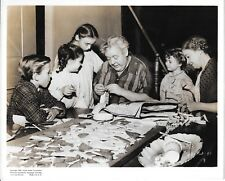 Night Of The Hunter Black/White Still Charles Laughton Lillian Gish & Kids 1955