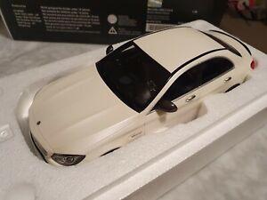 Mercedes-Benz C63 S AMG GT Spirit - 1:18