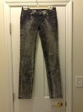 GUESS JEANS SIZE 26 FOXY SKINNY LEG JEANS BLACK WHITE  32 INCH INSEAM