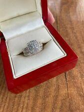 Ernest Jones 18 ct Yellow Gold 1.00 Carat Diamond Bridal Set Size  L