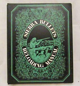 Sierra Bullets Reloading Manual, 1971, 3 ring binder, excellent