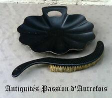 B20151611 - Pelle et brosse de table en carton bouilli - Napoléon 3