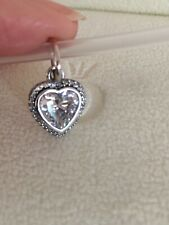 Authentic Pandora SPARKLING LOVE HEART Sterling Silver Pendant Charm NEW