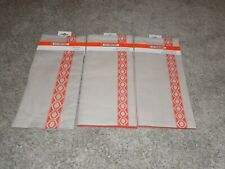 Le Creuset (4) Placemats and Tea Towel Linen/Cotton Orange/Tan Flame