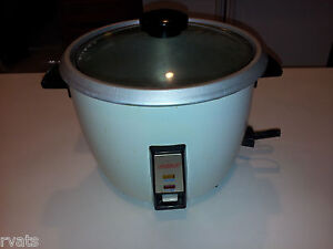 Desperate/Divorce Sale: AROMA 6-Cup Rice Cooker with Manual & Recipes