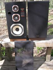 Fisher Vintage 3 WAY DS- 811 50 WATT 8 ohm HI-FI SPEAKERS Made in USA