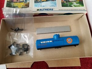 Walther's 932-5015 Union 76 tank car kit HO scale NEW