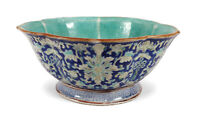 19TH CENTURY ANTIQUE CHINESE BLUE FAMILLE VERTE ENAMELED PORCELAIN FOOTED BOWL