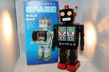 Space Walk man China ME 100 black robot in WORKING order very near mint in box