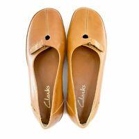 NIB Clarks Women's Tan Leather Loafers Flats Shoes US 7.5 Medium EUR38 UK 5.5