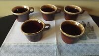 VINTAGE SET OF 5 HULL CRESTONE DRIP GLAZE POTTERY MUGS USA OVEN PROOF