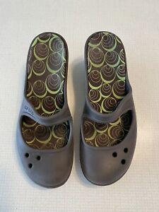 Crocs Sandals Heels Brown Womens Size 7