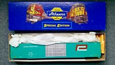 HO Scale Athearn Special Edition 86ft Hi Cube Auto Parts Boxcar. Penn Central