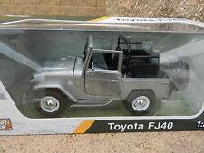 1:24 MOTOR MAX *SILVER* Topless Toyota FJ40 Land Cruiser *DIECAST* NIB!