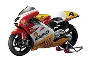 "Hasegawa 1/12 Scale Honda NSR250 ""Shell Advance Honda 2000"" Plastic Model 21"