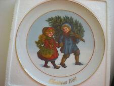 """""""Sharing the Christmas Spirit"""" Wedgwood -1st plate in the Avon Christmas Memor"""