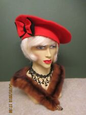 b42d6a8c885 1940S LADIES RED FELT HAT WITH RED   BLACK BOW