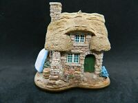 Lilliput Lane The Cuddy Collectable Vintage Ornament. With Deeds