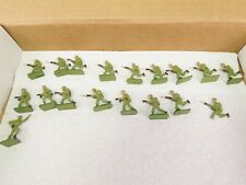 18 Metal / Lead Toy Soldiers - WWII Japanese Infantry - Japan