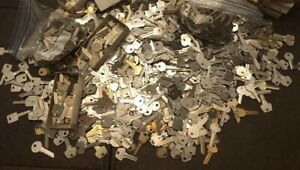 SPECIAL!!!   Lot of  Misc Key BLANKS 1.5  pounds HOUSE, CARS, PADLOCKS, etc.