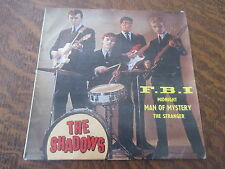 45 tours the shadows F.B.I.