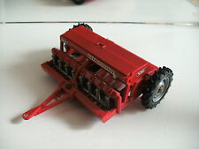 Britains Massey Ferguyson 130 Seed Drill in red on 1:32