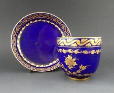 Sevres porcelaine tasse et soucoupe, C. 1770.