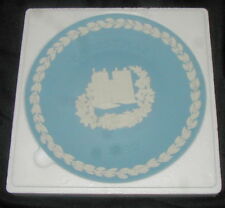 1982 Wedgwood Blue Jasperware Christmas Plate, Lambeth Palace, w Box, Papers
