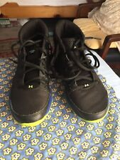 UNDER ARMOUR BOYS SHOES TENNIS SNEAKERS BLACK NEON GREEN SIZE 5 GUC