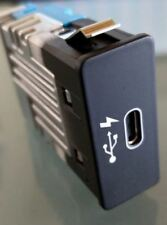 BMW MICRO USB GENUINE F48 F39 F54 F60 RR31 G05 8711939