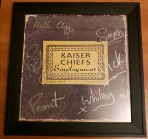 💥 2️⃣0️⃣0️⃣5️⃣ Kaiser Chiefs Auto Album card Employment rare signed vintage 🎸