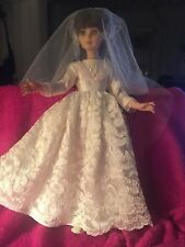 "VINTAGE 1963 BEAUTIFUL  14"" EEGEE BRIDE DOLL IN EXCELLENT CONDITION"