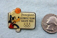 DISNEY LAPEL PIN GOOFY DISNEYLAND OLYMPIC TEAM SALUTE 1988 BASKETBALL PLAYER