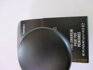 "MAC Cosmetics paint POT "" PAINTERLY  "" New in box"