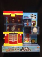 Crossy Road PRIZE MACHINE with 2 EXCLUSIVE FIGURES - Gumball Gacha - NIB. Disney