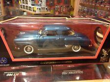 1950 Studebaker Champion 1:18 Road Signature metalico alto detalle