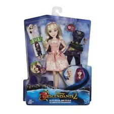 DISNEY DESCENDANTS 2 - Isle Switch Style Mal Doll - Brand New