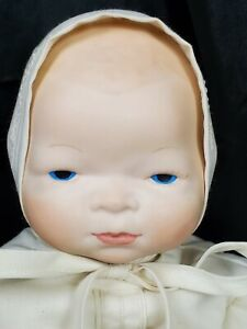 """10"""" VINTAGE BYE LO BABY GRACE S PUTMAN HANDMADE REPLICA white Gown and Bonnet"""