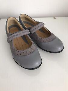 Clarks Ladies Shoes Size 4 UnwornGrey Leather Mary Jane Flats Style Un Hazel