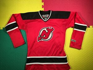 Vintage New Jersey Devils Red CCM Sewn Hockey Jersey Woman's Size Small Nice