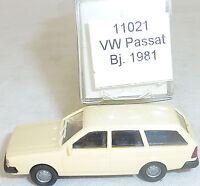 Beige VW Passat Année de Construction 1981 imu / Modèle Européen 11021 H0 1/87