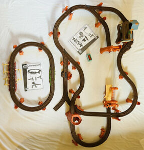 Zip Zoom Logging Adventure & Shake Bridge Thomas Friends Trackmaster Train Set 2