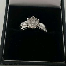 9ct White Gold Cluster Diamond with Diamond Shoulders Ring Size L