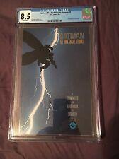 Batman The Dark Knight Returns #1 Comic 1986 Frank Miller CGC 8.5 1st PRINT!