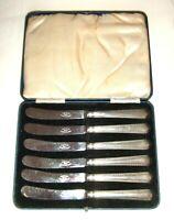 Cased Set of Vintage/Antique Silver Handled Butter Spreader Knives / Cutlery