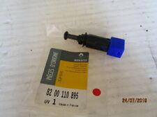 RENAULT CLIO III MEGAN II INTERRUPTEUR DE FEU STOP ref 8200110895